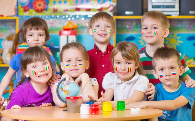bilingual-kids-in-the-kindergarten
