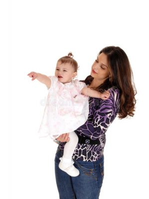 mom-baby-girl-pointing-at-something