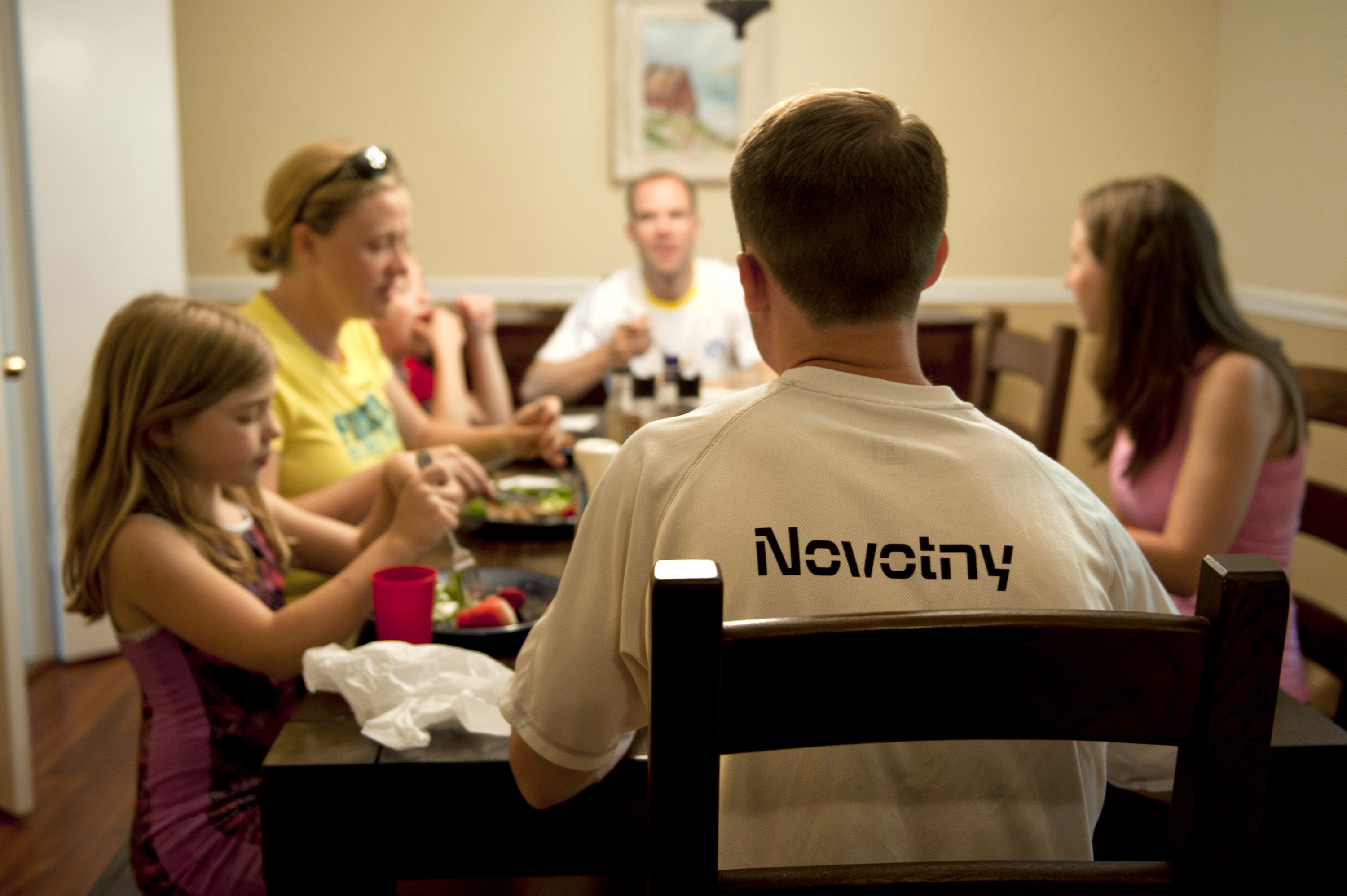 family-conversation-at-the-table