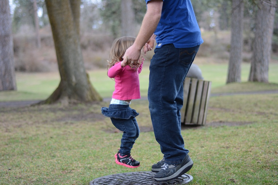 father-and-daughter-jumping