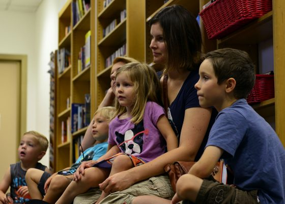 children-listening-in-library