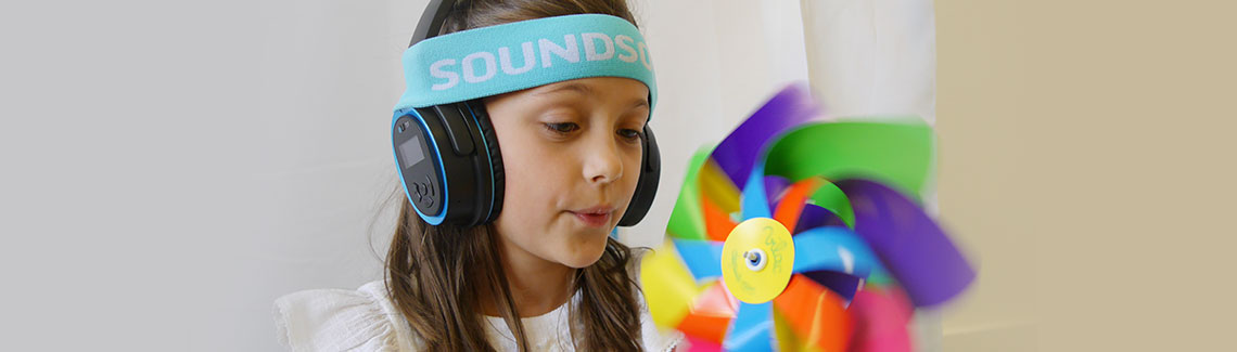 girl-with-APD-SoundSory-headphones