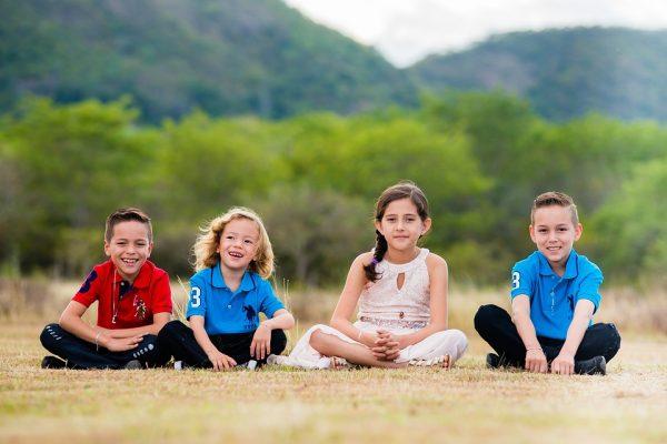 children-in-nature